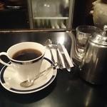 コーヒーハウス葡萄畑 - コーヒーです。ポットに約1杯半入っていました。