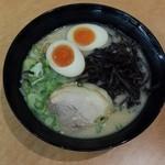 おっしょいラーメン - 長浜ラーメン700円