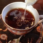 Kokage coffee - ミルクを…