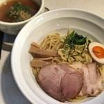 久屋 - 醤油つけ麺750円