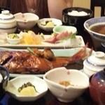 海鮮料理 竹ノ内 - 20100919 刺身定食、金目の煮付け定食、伊勢海老の味噌汁