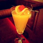 DiningBar Hidden Lounge - マンダリンオレンジのカクテル