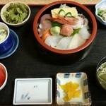 磯料理 海山 - 海山丼