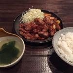 42687614 - 2015.10.3 「新」流トンテキ定食・1ポンド 1300円 450g(税込)                       ご飯(おかわりOK)・スープ付き