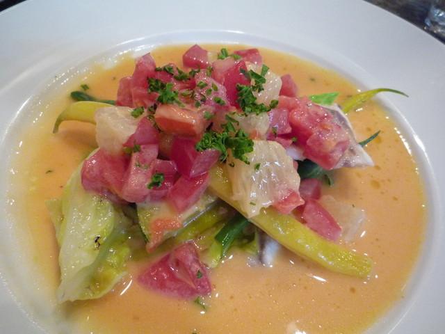 オシノ - メイン☆小庄鯛のポシェ グレープフルーツ風味のブールブランソース♪