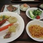 黒部観光ホテル - 料理写真:夕食バイキング。ワタクシの皿。