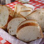 42692856 - ランチセットのサンド用パン(写真は3人前)