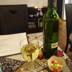42693376 - 「白ワイン シャルミール ブラン(ボトル)」(2300円)