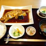 42693646 - 煮魚定食
