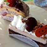 Souvenir - モーニングケーキ★       いちごと牛皮入りロールケーキとキャラメルチョコのケーキ★