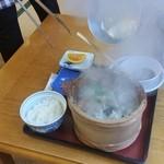ニュー畠兼 - ②一気に沸騰して、磯の香りとともに蒸気が噴出します