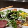 キャトルラパン - 料理写真:前菜盛り別角度
