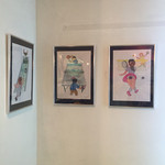パキスタンカレー つなぎ屋 - イラストレーターさんの絵の展示もありますよー。