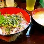 里 - 鰤丼ランチ500円