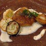 フリジェリオ - 鯛のポワレフヌイユ香るソース