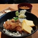 42704910 - 漁師風漬け丼