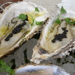 ビストロ ダイア - 岩手の牡蠣はスモークキャビアと