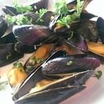 Rhubarbe - ムール貝の白ワイン蒸し