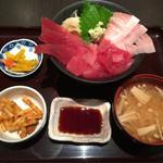 42727144 - 特選マグロ丼ランチ
