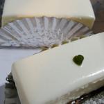 西洋菓子 しろたえ - レアチーズケーキ