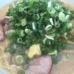 イオリ - 味噌ラーメン/ネギ増し