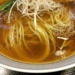 らーめん 一夢庵 - 麺は細麺