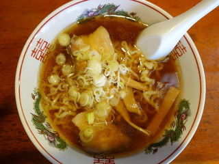 喜多屋 - らーめん(\550税込み)良い色したスープは美味いと思います