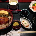 鰻・割烹豊りょう - 別の日の三色丼セット
