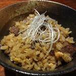 """鉄板焼 利花苑 - 細かく切ったヒレ肉を沢山いれて頂いた """"ガーリックライス"""" は最高のお味です。"""
