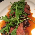 42735729 - 国産牛ランプ肉のタリアータ きのこ添え マルサラ酒ソース                       3,800円