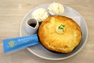 Butter あべのHoop - 窯出しスフレパンケーキ~純生クリーム&北海道生乳ソフトクリーム添え~(税別\1,130)