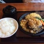 42749566 - 肉だれハンバーグ定食① 2015.10.6