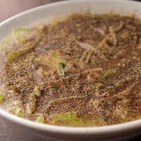 タンメン でこ - 胡椒(こしょう)そば・黒コショーの強烈パンチ!干し海老、ザーサイ入り