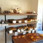 ベーカリーコネル - 天然酵母のパンです。