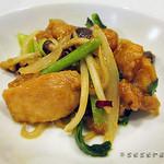 42752038 - 本日のメイン 鶏の炒め物カレー風味