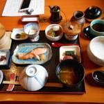 上高地帝国ホテル - あずさ庵での朝食