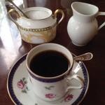 CAFE FACON - ジノリのデミタスカップ。