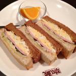 珈蔵 - Bセット ドリンク代+400円税込で玉子・ロースハム・チーズのトーストサンド