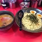 Yokohamaiekeiramentokorozawayamatoya - つけ麺