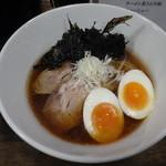 拉麺 黒ノ坊 - 醤油ラーメン+味玉