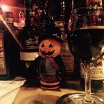 ラウンジバー・ クリシュナ - 赤ワイン、デキャンタで。