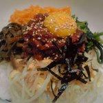 韓国料理 ドントン - ユッケビビンバ定食 600円