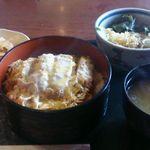 42785323 - かつ丼とミニたぬき蕎麦のセット