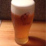 42785709 - 生ビールはヱビス(500円)
