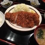 三河屋 - 三河屋(とんかつ定食)