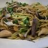 イルクオーレ - 料理写真:秋刀魚と舞茸のペペロンチーノ