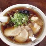 たかみ屋 - チャーシュー麺②