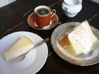 カフェ・グレ - 水出しコーヒー・シフォンケーキ・チーズケーキ