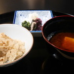 HANA吉兆 - 松茸御飯、味噌汁、漬物