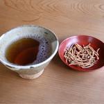 さばね山そば - お茶と揚げ蕎麦